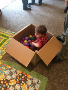 The birthday party DIY box ball pit.